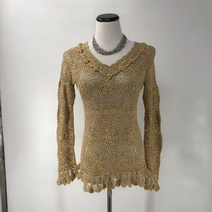 #0210. INC. GOLD COLORED & BEADED TOP
